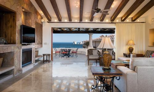 Villa-La-Estancia-Three-Bedroom-Penthouse-Living