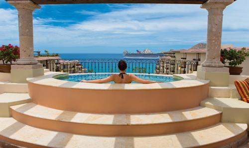 Villa-La-Estancia-Three-Bedroom-Penthouse-Hottub