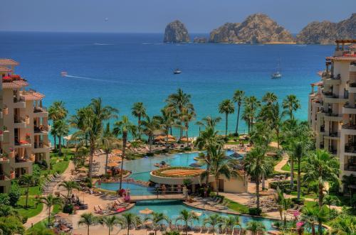 Villa La Estancia Beach Resort