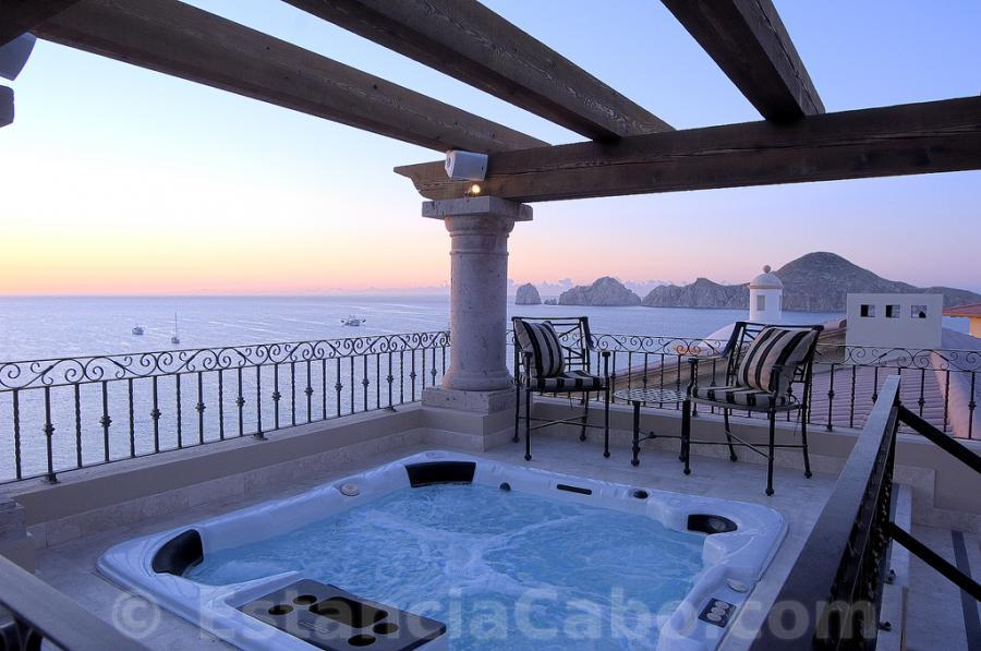 Villa la estancia los cabos timeshare rentals 2 bedroom for Balcony hot tub