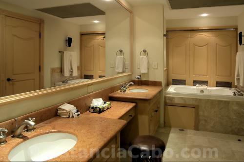 Master Bathroom With Jetted Tub in Penthouse 3704
