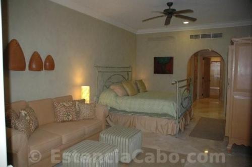 Villa La Estancia #1604 Second bedroom with king bed and queen sleeper sofa