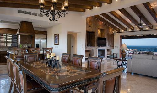 Villa-La-Estancia-Three-Bedroom-Penthouse-Dining-Kitchen