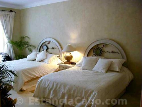Third bedroom in unit 1303.