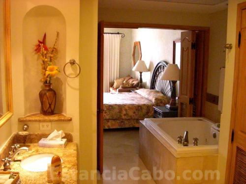 Master Bath in unit #1101 of Villa La Estancia Cabo.