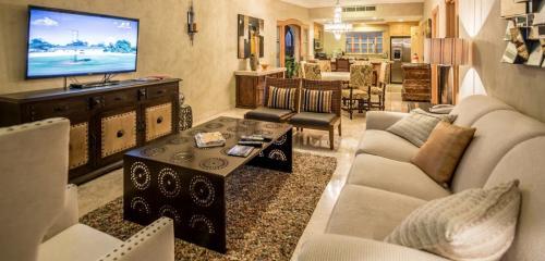 Living room in unit 2606