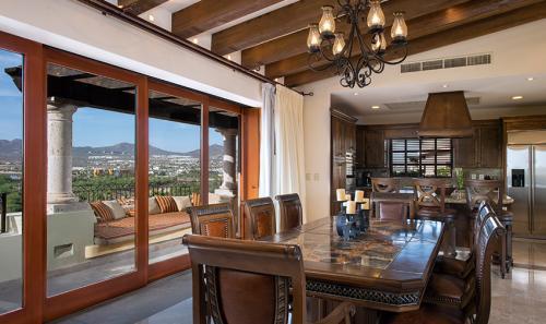 Villa-La-Estancia-Three-Bedroom-Penthouse-Dining